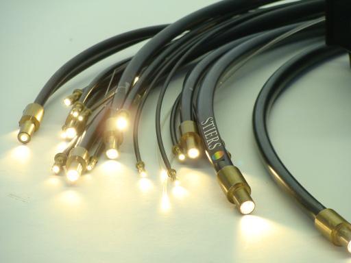 lichtwellenleiter beleuchtung aus glas und kunststoff glasfaser. Black Bedroom Furniture Sets. Home Design Ideas